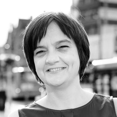 Julie Tomlin