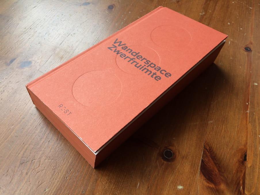 Foto van het boek 'Zwerfruimte'