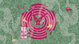 Een illustratie van heel veel groene doekjes, met daarop een cirkel bestaand uit meerdere randjes in verschillende kleuren roze. Bovenop liggen een aantal roze kledingstukken waar gezichten in te zien zijn.