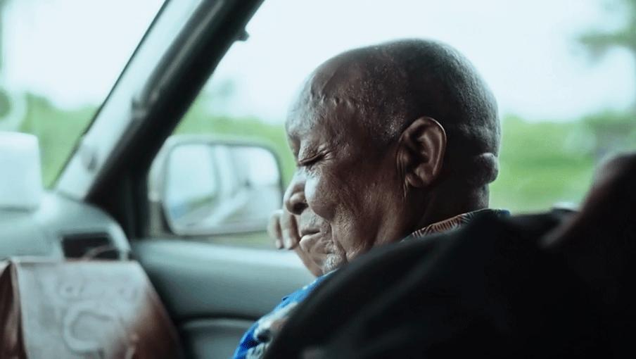Film still uit De waarheid van mijn vader, paleis van justitie